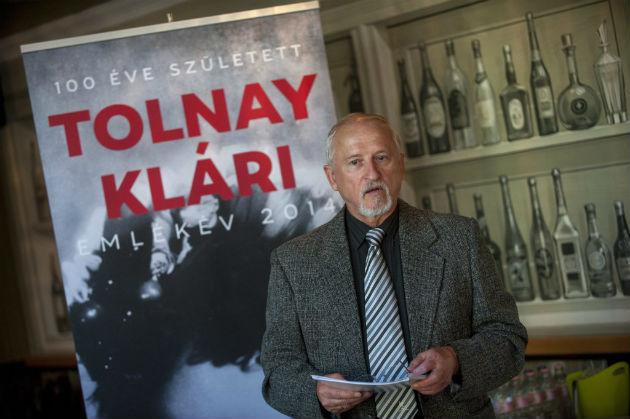 Góg János költő a Tolnay 100 elnevezésű programsorozat sajtótájékoztatóján Budapesten (Fotó: Hirado.hu/MTI/Marjai János)