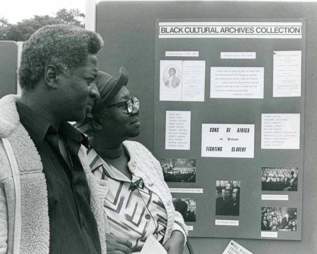 Úttörő kiállítás az 1980-as években (Fotó: theartnewspaper.com)