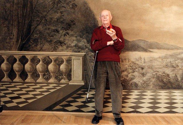 Henri Cartier-Bresson a Mai Manó Házban, 2002-ben (Fotó: Benkő Imre)
