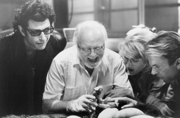 Jeff Goldblum, Richard Attenborough, Laura Dern és Sam Neill a Jurassic Parkban (Fotó: movpins.com)