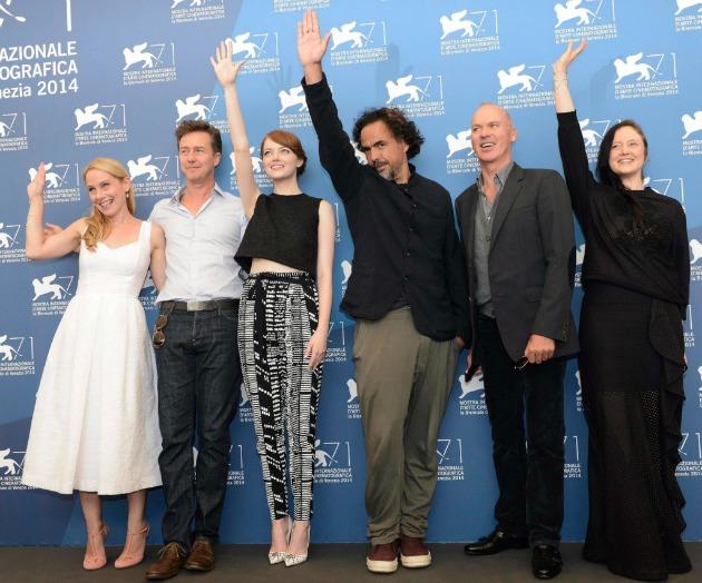Amy Ryan, Edward Norton, Emma Stone, Alejandro González Inárritu, Michael Keaton és Andrea Riseborough (Fotó: MTI/EPA/Claudio Onorati)