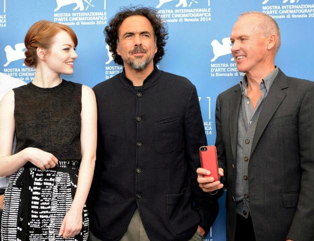 Emma Stone, Alejandro González Inárritu és Michael Keaton (Fotó: MTI/EPA/Claudio Onorati)
