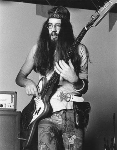 Glenn Cornick 1971-ben