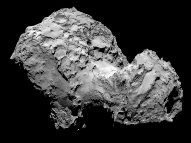 A Csurjumov-Geraszimenkó üstökös augusztus 3-án, 285 kilométeres távolságból. (Fotó: ESA/Rosetta/MPS for OSIRIS Team MPS/UPD/LAM/IAA/SSO/INTA/UPM/DASP/IDA)