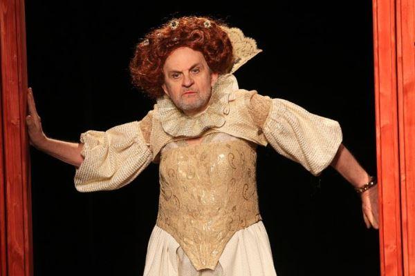 Fodor Tamás az I. Erzsébet c. előadásban (Fotó: Puskel Zsolt)