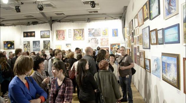 Kiállítás megnyitó a Bakelit Multi Art Centerben