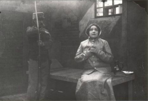 Jászai Mari A tolonc forgatásán (Fotó: mandarchiv.hu)