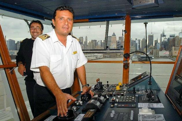 A kapitány, Francesco Schettino