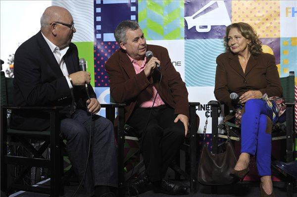 Belénessy Csaba producer, Pozsgai Zsolt rendező és Bordán Irén színésznő a Földindulás bemutatója után (MTI Fotó: Kovács Attila)