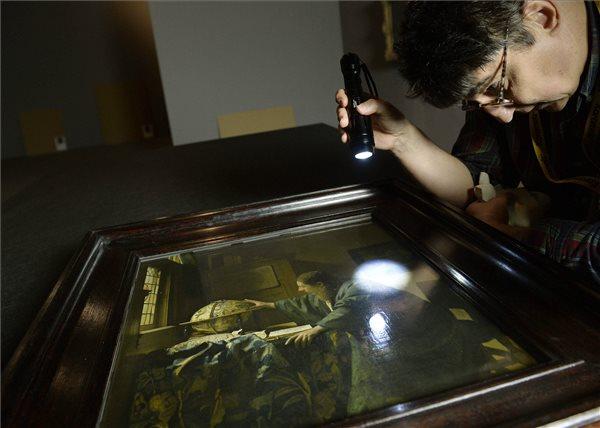 Johan Vermeer: Az asztronómus (MTI Fotó: Bruzák Noémi)