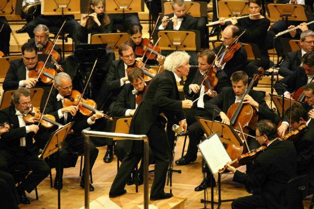 Simon Rattle a Berlini Filharmonikusokkal