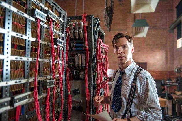 Benedict Cumberbatch a The Imiatation Game-ben (Fotó: recenzor.hu)
