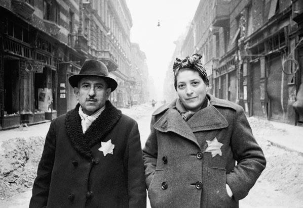 Egy zsidó házaspár Budapesten 1944-ben (fotó: budapest-anno.blog.hu