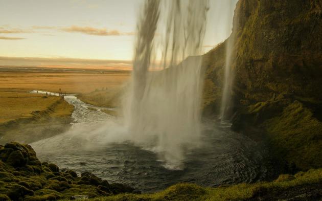 Seljalandsfoss vízesés (Fotó: Mustafa Cem Koèan)