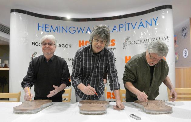 Szörényi Szabolcs, Bródy János és Szörényi Levente (MTI Fotó: Illyés Tibor)