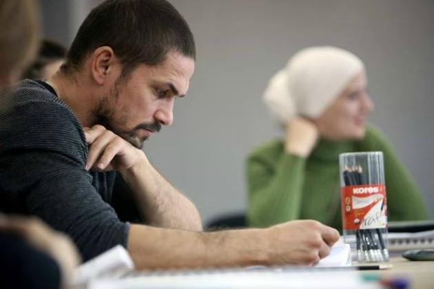 Nagy Zsolt (Tartuffe) (Fotó: Gordon Eszter, forrás: Örkény Színház)