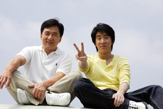 Jackie Chan és Jaycee Chan (Fotó: sirkenayo.com)