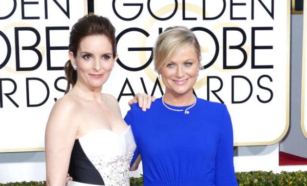Tina Fey és Amy Poehle, a 72. Golden Globe-díj átadó ünnepségének műsorvezetői. Fotó: MTI/EPA/hirado.hu