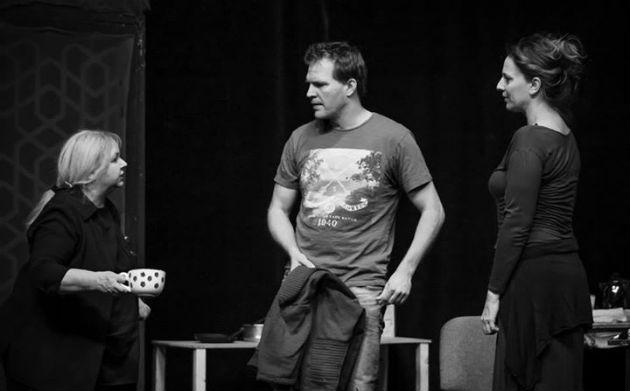 Pogány Judit (Mag), Schmied Zoltán (Pato) és Pokorny Lia (Maureen)