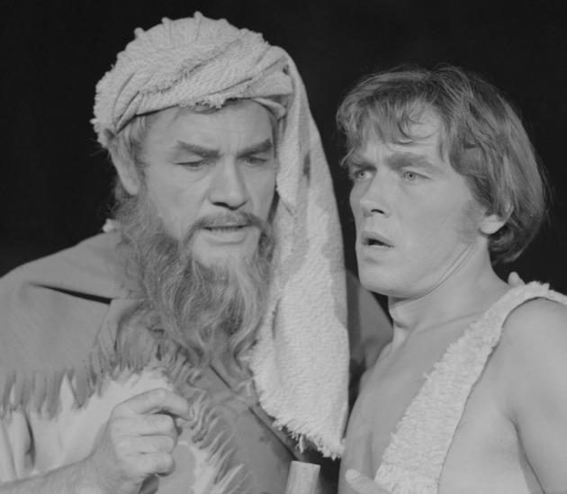 Bitskey Tibor és Kozák András a Körszínház Énekek éneke című előadásának főpróbáján (MTI Fotó: Benkő Imre)