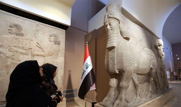 Lamasszu szobor az Iraki Nemzeti Múzeumban (Forrás: blouinartinfo.com)
