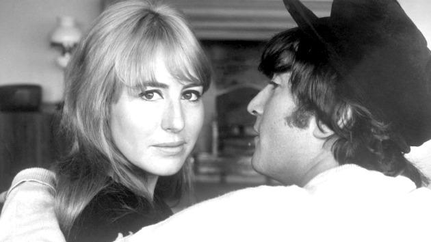 Cynthia és John Lennon (Fotó: oldiesmusicblog.com)
