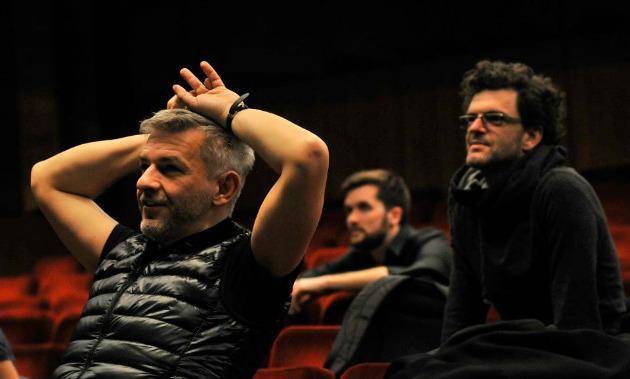 Alföldi Róbert, Hoffer Károly és Gergye Krisztián (Fotó: Budapest Bábszínház Facebook)