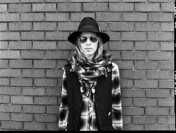 Beck (fotó: americansongwriter.com)