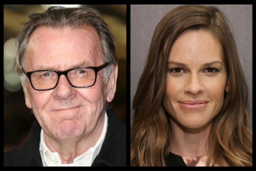 Tom Wilkinson és Hilary Swank (Fotó: deadline.com)