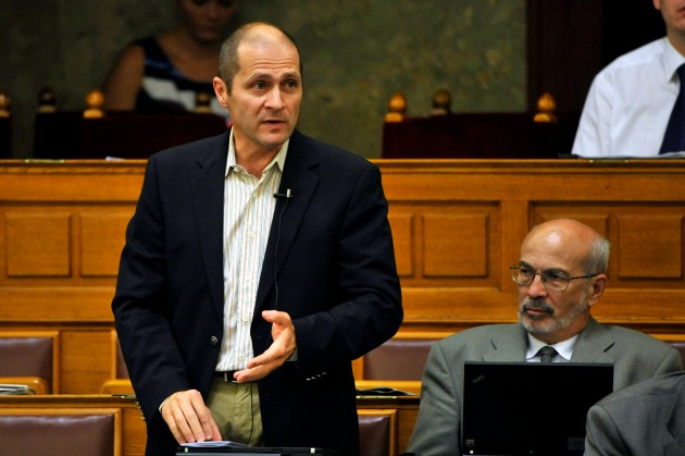 Kupper András az Országgyűlés plenáris ülésén 2012-ben (Fotó: MTI / Napi Gazdaság)