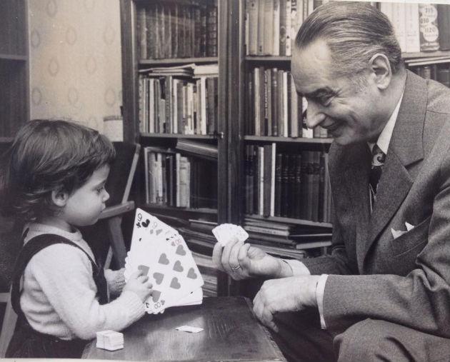 Az unokával, Gálvölgyi Eszterrel