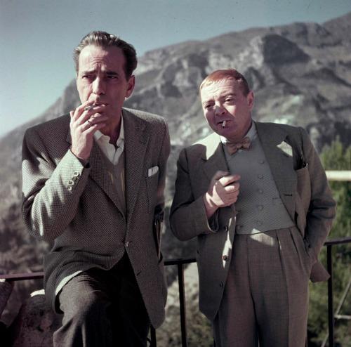 Humphrey Bogart és Peter Lorre, Olaszország, 1953 (Fotó: Robert Capa © International Center of Photography / Magnum Photos)