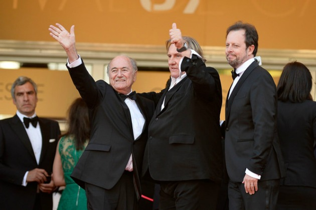 Sepp Blatter, Gérard Depardieu és Frédéric Auburtin, a film rendezője