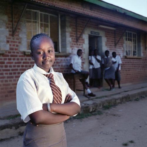 Kenyai iskoláslányok (Fotó: Pályi Zsófia)