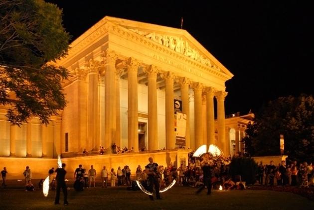 Múzeumok éjszakája (Forrás: programturizmus.hu)