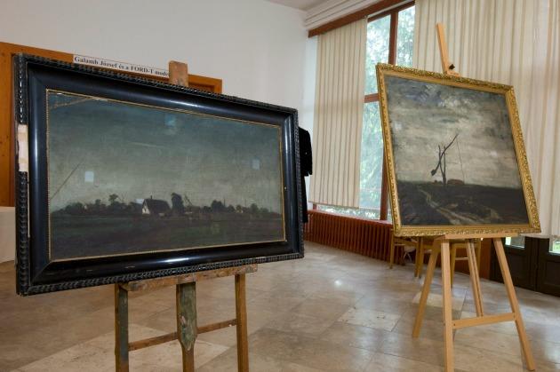 Barcsay Jenő Kékegű táj és Kútgém című, 1926-ban festett képe a makói József Attila Múzeumban (MTI Fotó: Kelemen Zoltán Gergely)