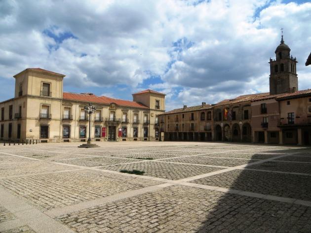 Medinaceli főtere (Fotó: apetcher.wordpress.com)