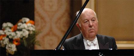fotó: pianostreet.com