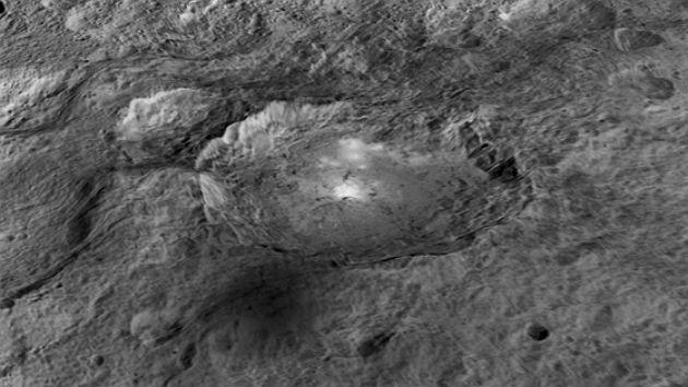 Fotó: NASA / JPL-Caltech / UCLA / MPS / DLR / IDA / LPI