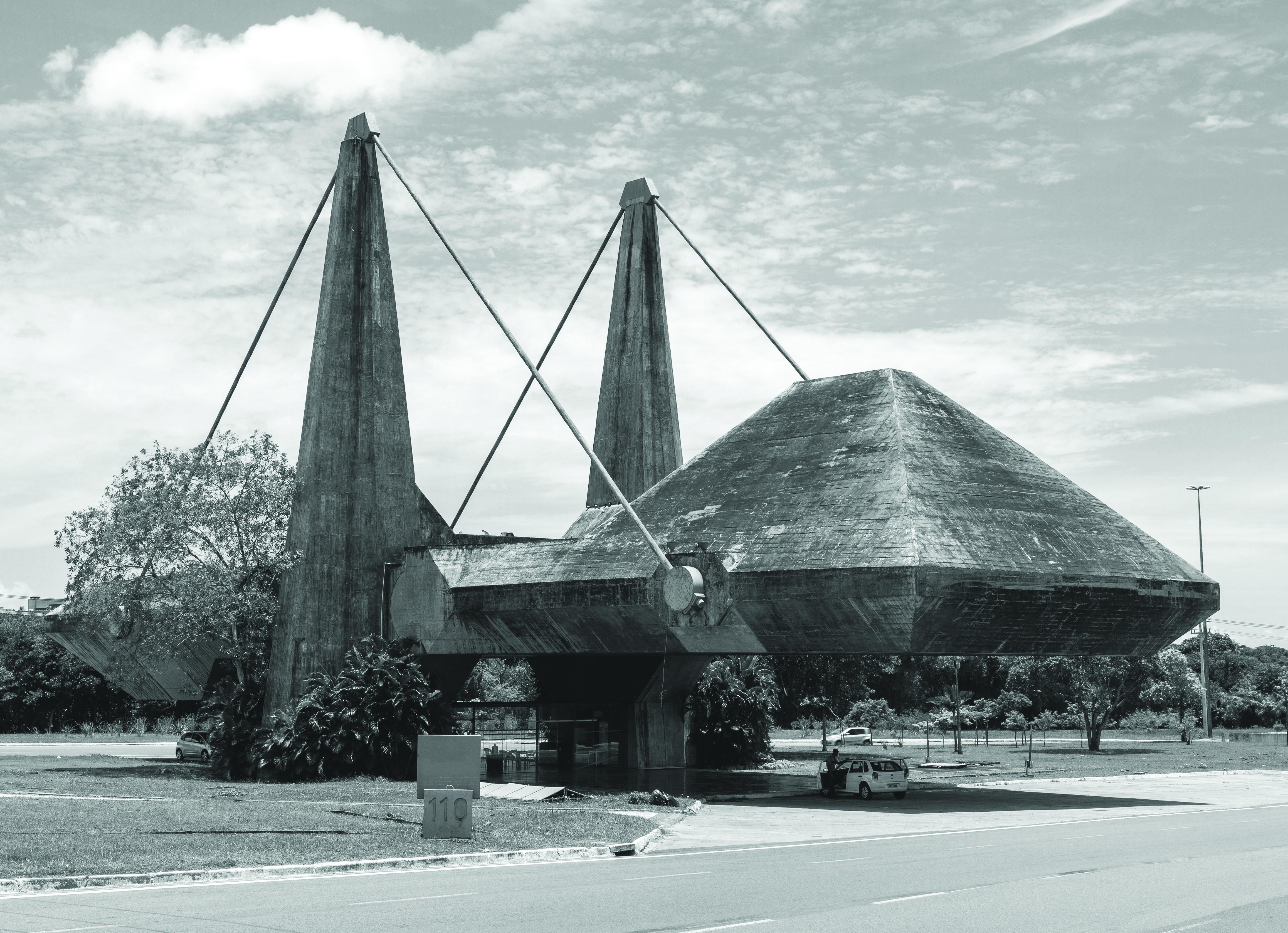 Kiállító és közigazgatási központ, Bahia, Brazília (João Filgueiras Lima, 1974)