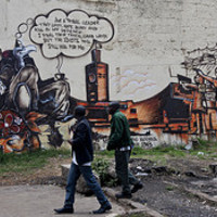 Keselyűk iPad-del és a kenyai Banksy