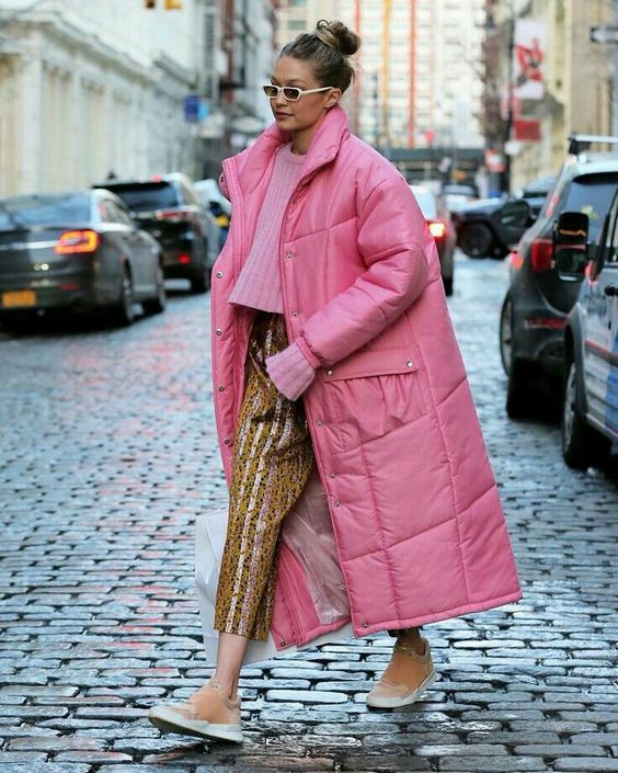 02-a-cropped-pink-sweater-colorful-striped-cropped-pants-camel-sneakers-and-a-midi-pink-puffed-coat.jpg