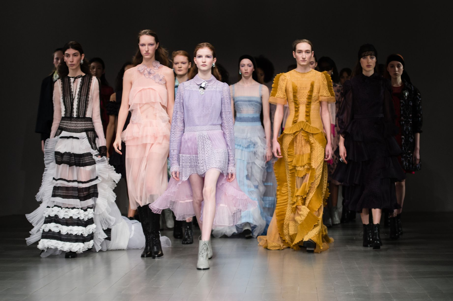 bora-aksu-show-runway-fall-winter-2018-london-fashion-week-uk-16-feb-2018.jpg