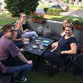 A csapatunk. Napos délután, limonádé, kávé és új ötletek. - Our team. Sunny afternoon, lemonade, coffee and new ideas. #volunteering #volunteeringisfun #newideas #laborcafe #volunteer #charity #charitycafe #nyíregyháza