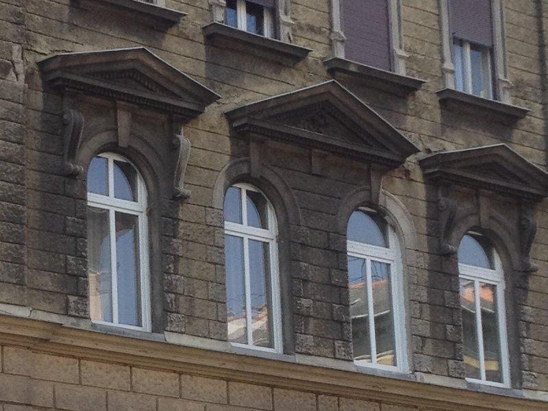 ives-ablak.jpg