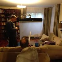 Kulka János a nappaliban