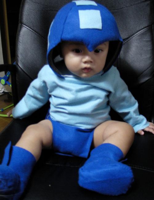 cosplay-babies-megaman.jpg