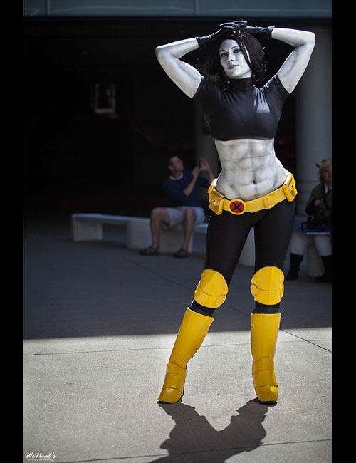 gender-cosplay-colossus.jpg