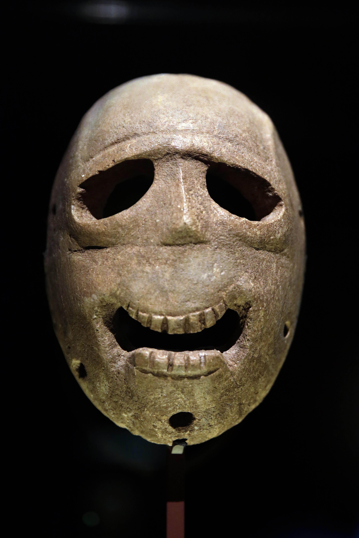 p6-masks-c-20140314.jpg