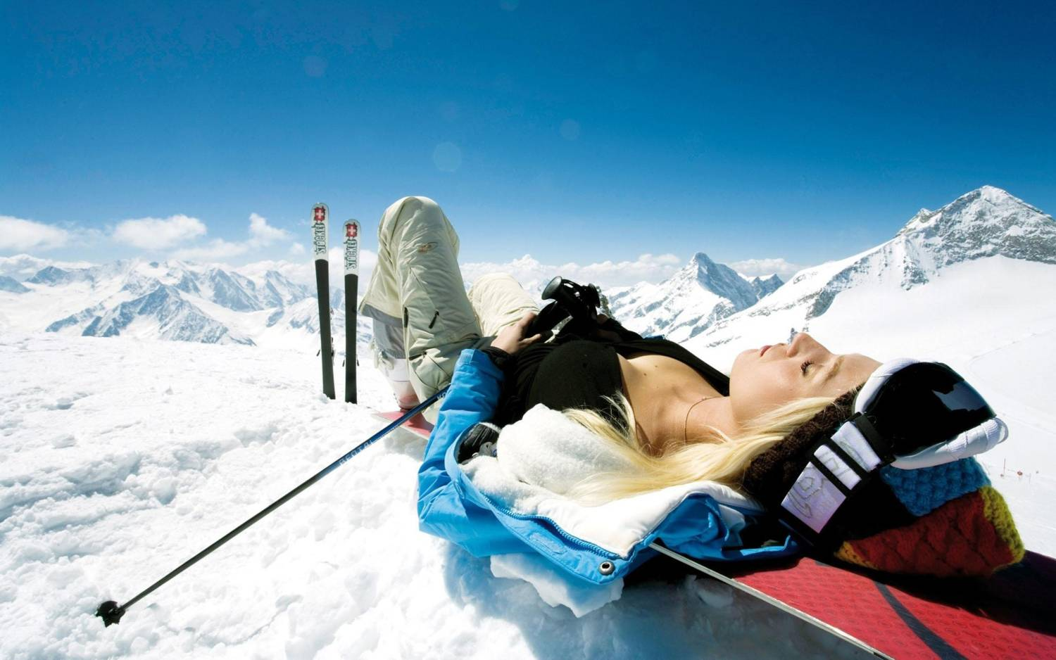relax_in_the_snow_winter.jpg